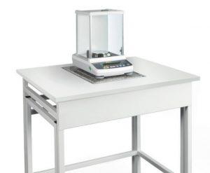 میز توزین آزمایشگاهی